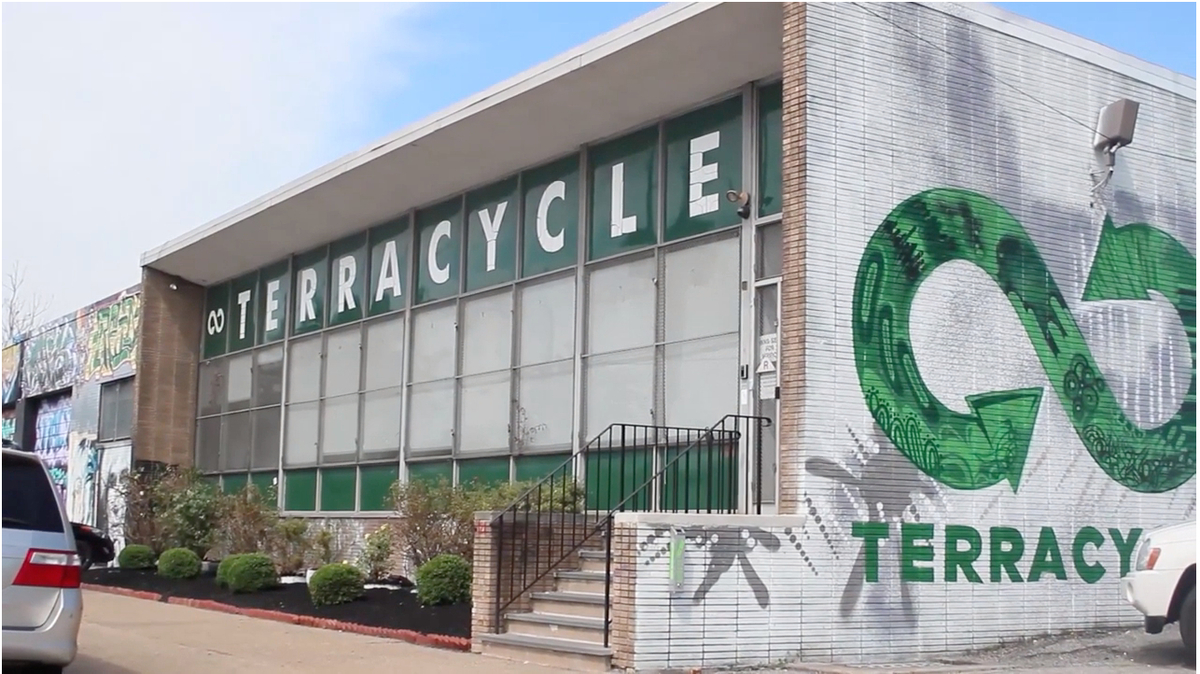 Terracycle cover feature